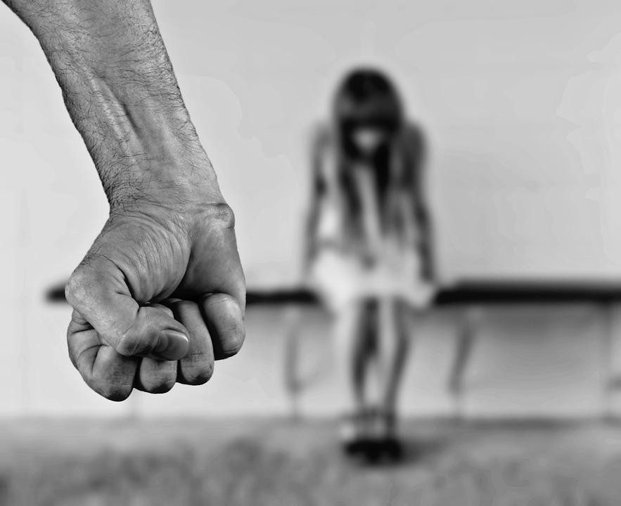 stop 1131143 960 720 - Kadına Şiddetin Cezası Nedir?