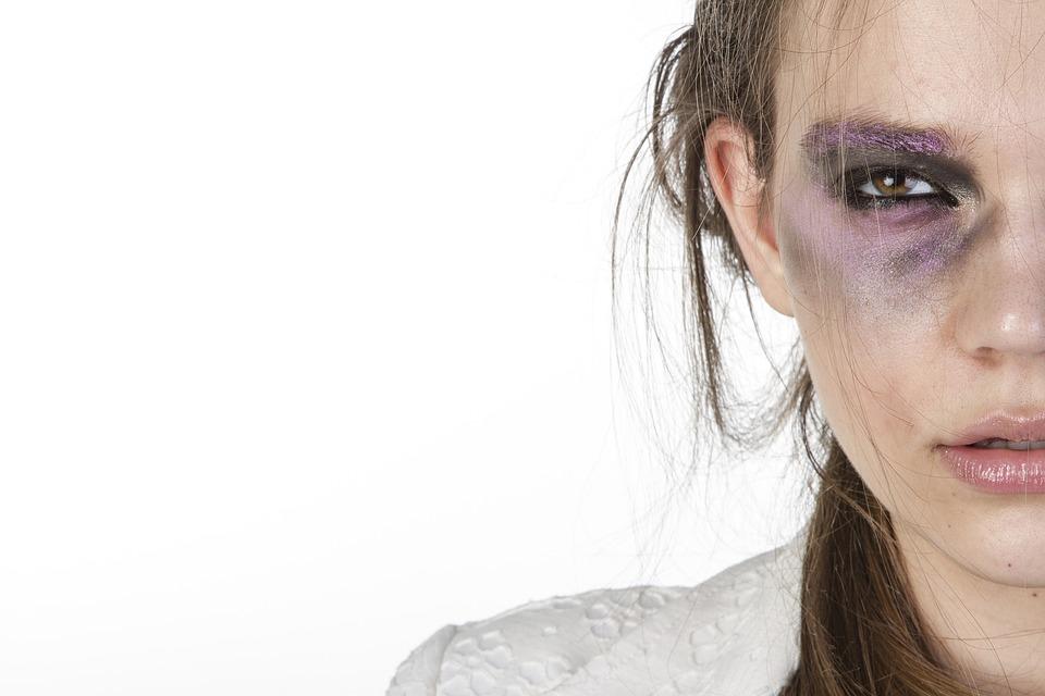 womens 2418421 960 720 - Kadına Şiddetin Cezası Nedir?